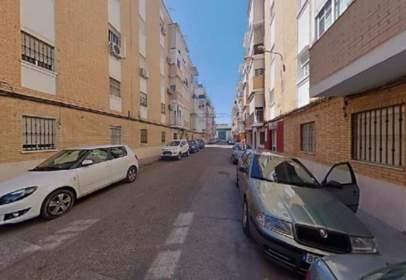 Piso en calle de la Virgen del Pilar