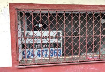 Local comercial en calle Cardenal Cisnero