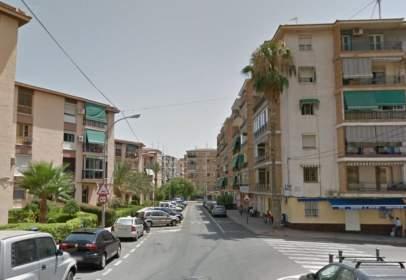 Piso en calle Avila
