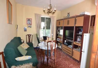 Casa en calle Alejandro Collantes, nº 80