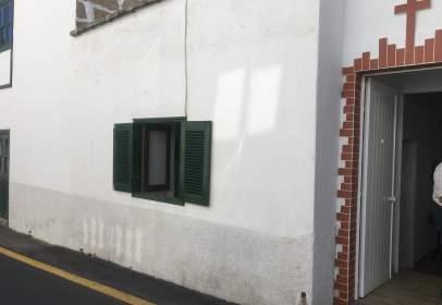 Casa en calle La Cruz, nº 81