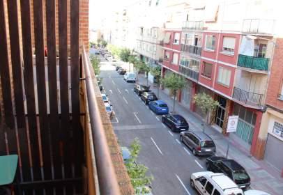 Piso en calle de Luis Barrón