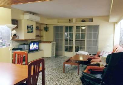 Flat in calle Vinalopo, nº 3