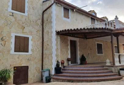Casa en calle de Lupiana