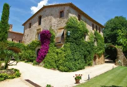 Rural Property in Cruïlles