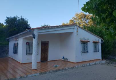 Chalet in calle Cami Les Olles