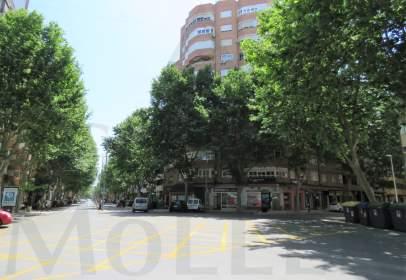 Flat in Avenida de la Reina Victoria Eugenia, nº 14