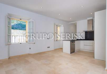 Flat in Carrer de Cetre
