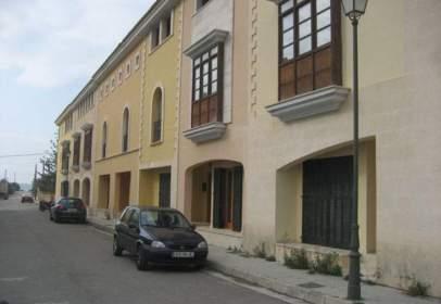 Casa adossada a calle Mestral