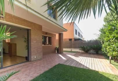 Casa pareada en calle Serra del Lladre, nº 8