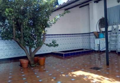 Casa pareada en calle Santiago