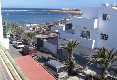 Ático en calle Puerto Lajas