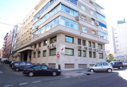 Oficina en calle Cochabamba