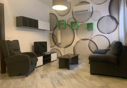 Apartamento en San Ildefonso (Hospital Real)