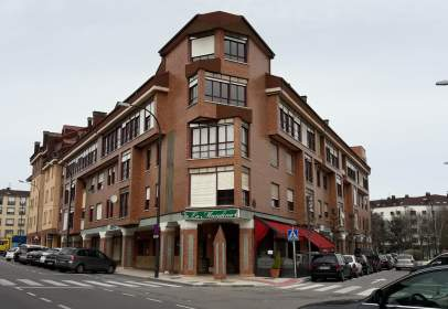 Dúplex a calle Naranjo de Bulnes