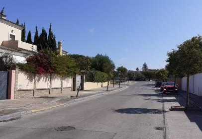 Casa pareada en Avenida Alcalde Eduardo Ruiz G