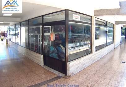 Nau comercial a calle La Palma 9