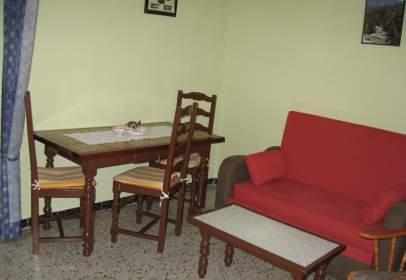 Apartamento en calle Ed. Karina- Delta Muga