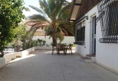 Chalet en calle Almansa