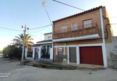 Casa en calle Rejas