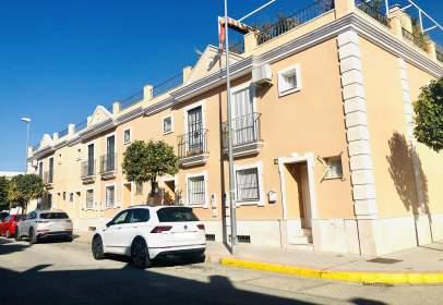 Casa adossada a calle de Ciudad Real