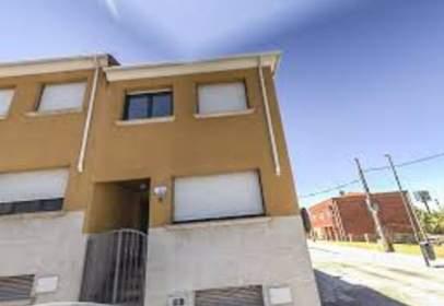 Casa en calle de la Begonia, 11