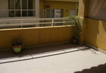 Apartment in Carrer de Peruga, near Carrer de Alcalá Galiano