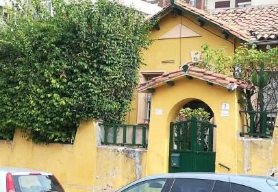 Casa en calle de Campoamor