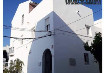 House in calle Vejer