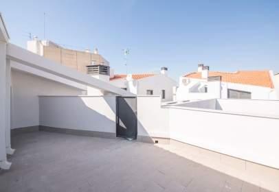 Dúplex en Avinguda de Barcelona, cerca de Carrer de Santa Digna