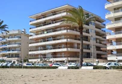 Apartament a Passeig Marítim