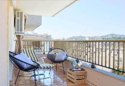 Apartment in Passeig Marítim