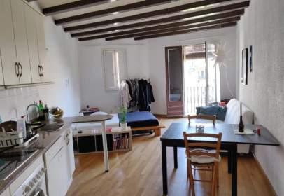 Estudio en Carrer de Muntaner, cerca de Carrer de València