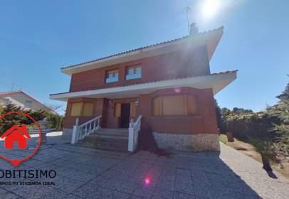 Casa en Avenida del Ebro