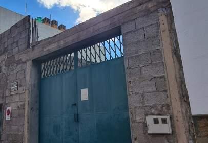Almacén en calle Plana de Poesía, nº 5