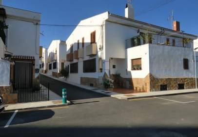 Casa en calle Fuerzas Armadas, nº 4
