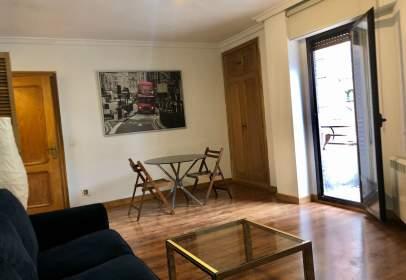 Apartament a calle de Ramiro II, 1