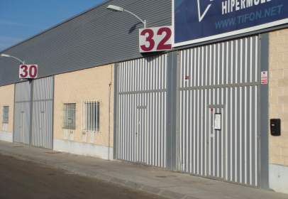 Nave industrial en calle Rivera de Vítores, nº 29