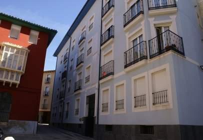 Duplex in Plaza de Ballesteros, 9