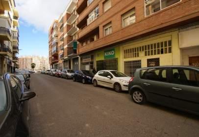 Local comercial a calle Benito Vicioso, nº 16