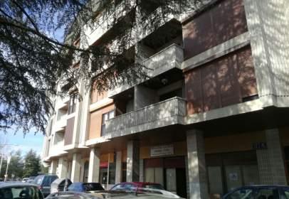 Apartamento en Avenida de Oroel, nº 4