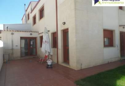 Casa en Doñinos de Salamanca