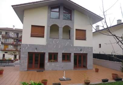 Casa en calle de Tornola