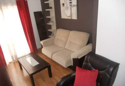 Flat in calle Avenida de Madrid