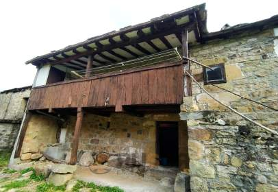 Casa en calle Yera
