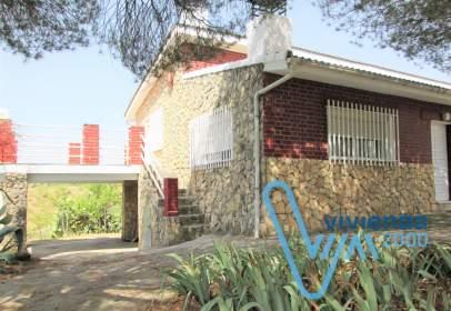 Casa unifamiliar a calle Camino de Valdetocon