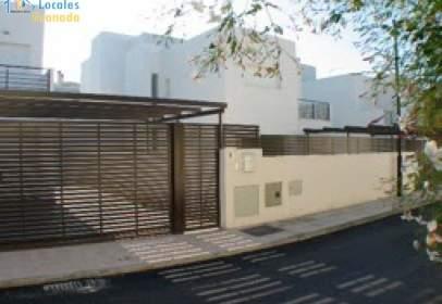Casa pareada en calle de Fernández Arroyo