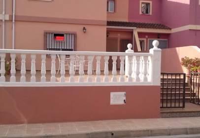 Casa adossada a calle Ermita