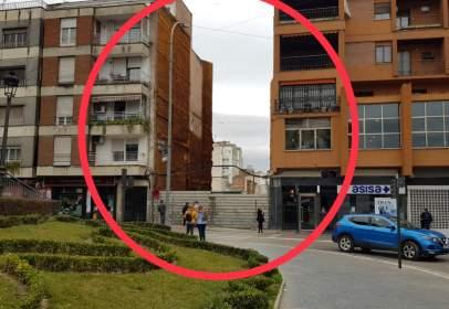 Terreno en calle de Julio Burell, nº 25