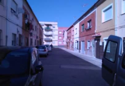 Casa aparellada a calle Doctor Vicente Albiñana